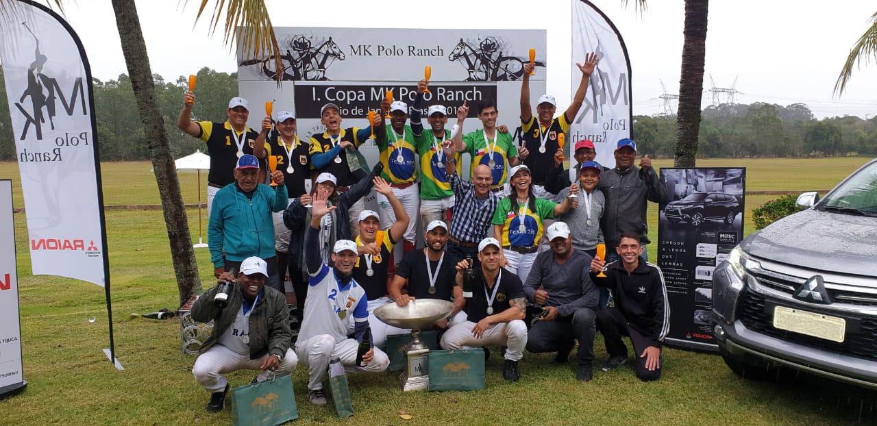 Group Photo Os Inkas Circulo Militar de Polo Brasil